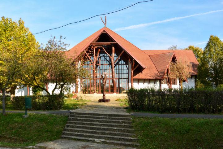 a somogysámsoni faluház