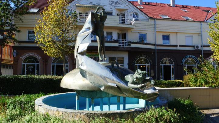 Vénusz születése szobor