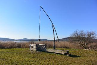 gémeskút a tihanyi Belső-tónál
