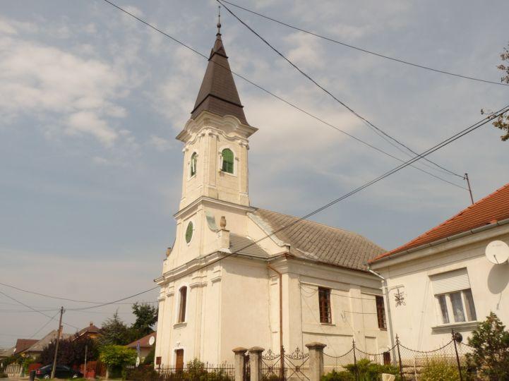 Kajászói Református Egyházközség temploma
