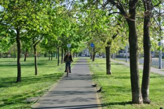 bike path in Óbuda