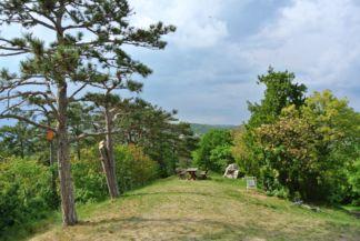 piknikezőhely a Szent Mihály-dombon