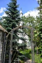 az Urunk mennybemenetele-templom kapuja Köveskálon