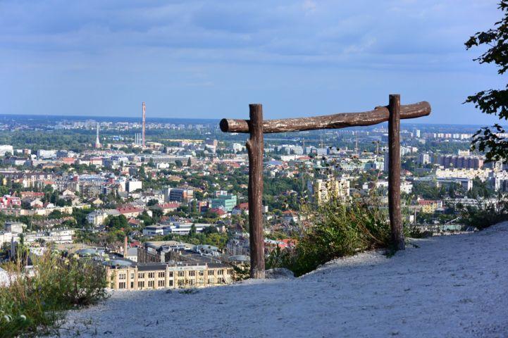 kilátás a hegy keleti kiugrójáról