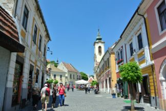 towards the main square with the Blagovestenska Church at the back
