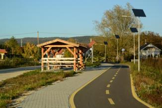 kerékpáros pihenőhely a Vonyarc Marina kikötőnél