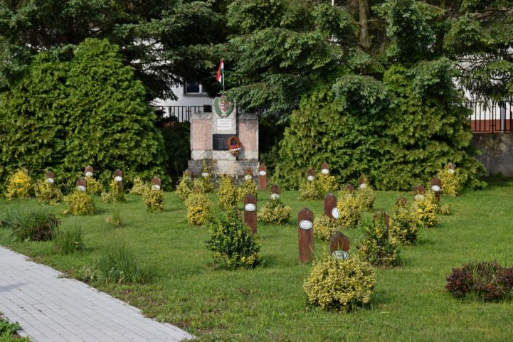 I. világháborús emlékmű Hosszúvölgyben