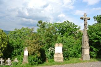 régi temető a Szent Mihály-kápolna mellett