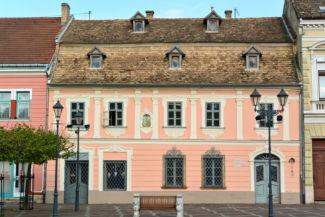 Gróh-ház, a város egyetlen fennmaradt rokokó stílusú háza