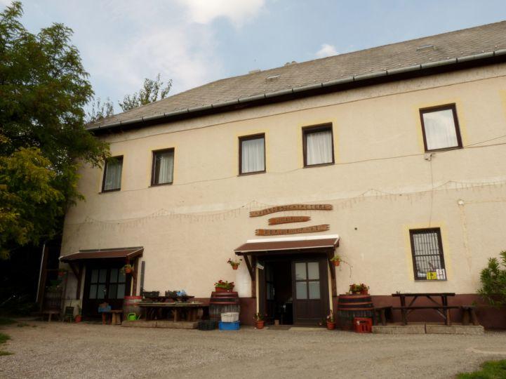 régi kastély, ma Vabrik Pincészet épülete