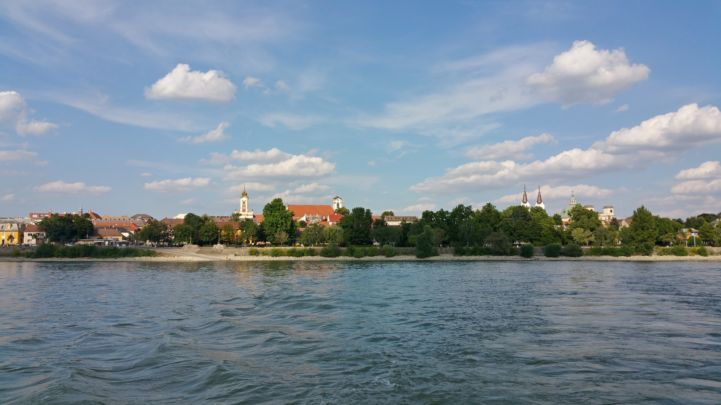 The city seen from the Szentendre ferry