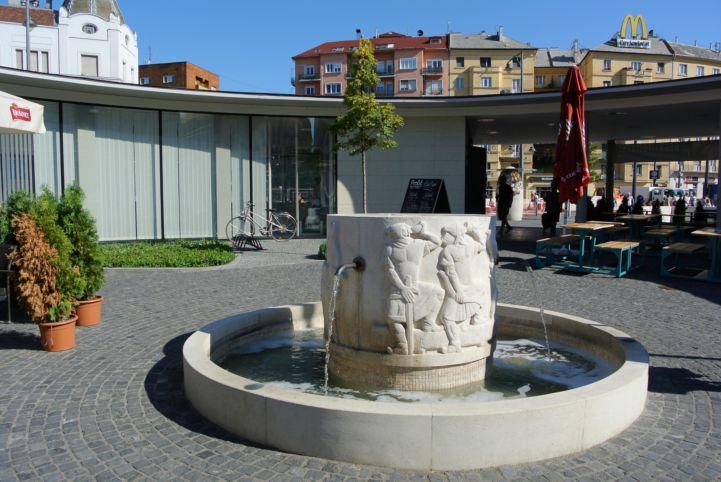 a Gomba közepén lévő Csorgó, más néven Csodaszarvas legenda ivókút