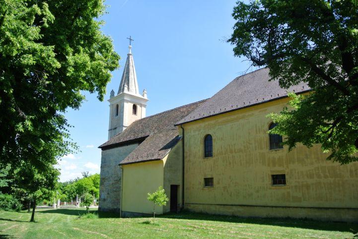 Szent András apostol-templom