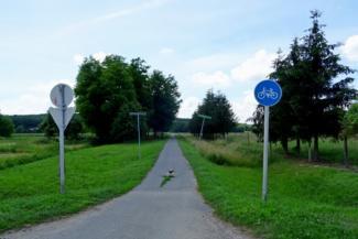 Lentiből Lendvadedesre tartó kerékparút