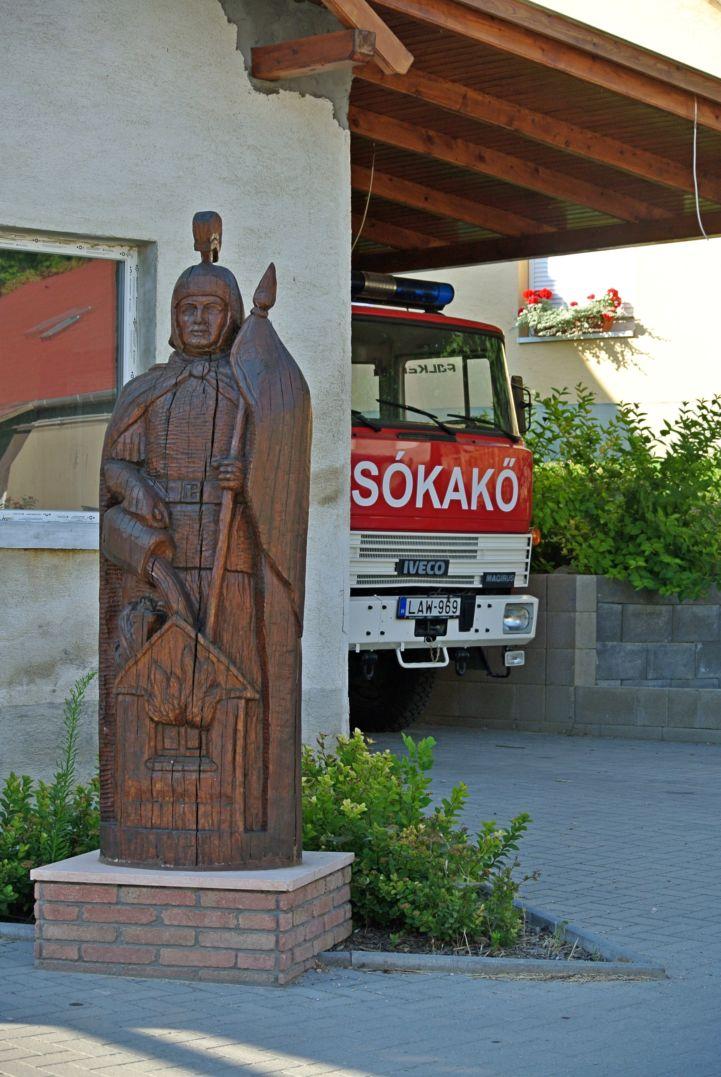 Szent Flórián szobor (Kanalas Sándor alkotása, 2012)