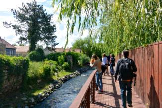 sétány a Tapolca-patak mentén