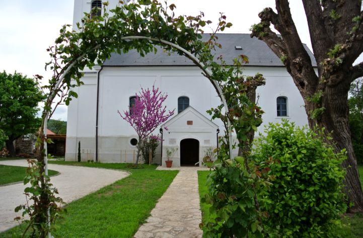 református templom bejárata