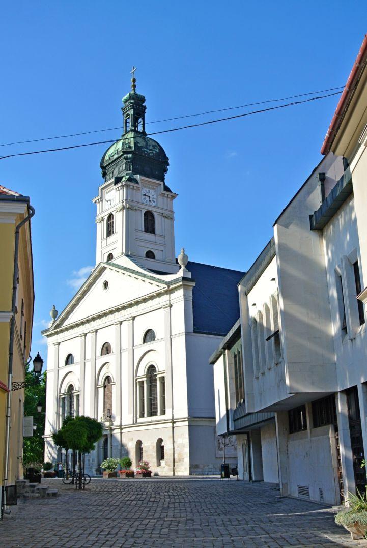 Nagyboldogasszony Székesegyház - Bazilika