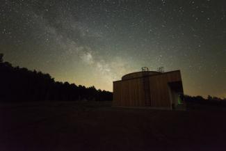 éjszaka a csillagvizsgálónál