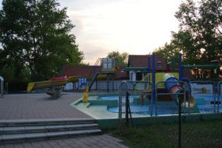 vízi játszótér
