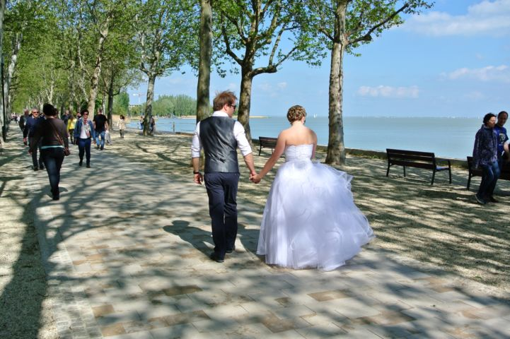 wedding photography at the Tagore Promenade