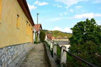 a Szent Tamás-hegy egyik hangulatos utcája