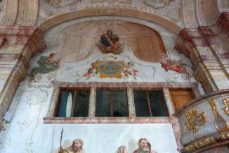 Szent Kereszt felmagasztalása templom belseje