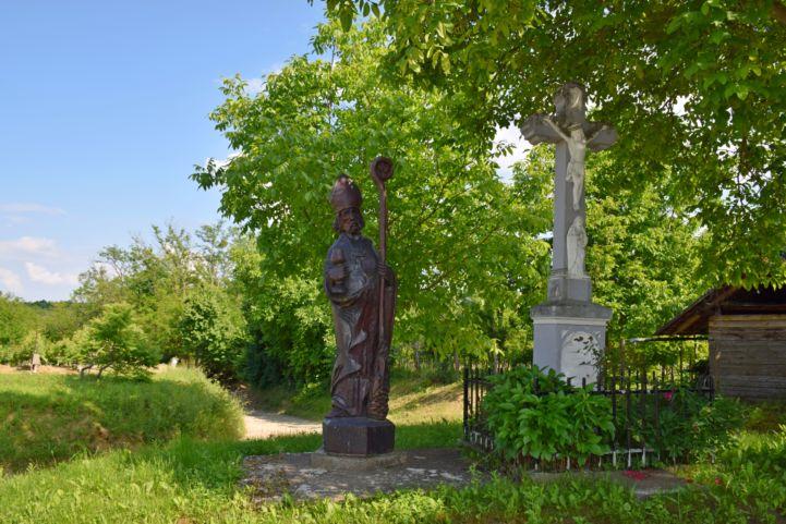 Szent Orbán-szobor a gelsei szőlőhegy alatt