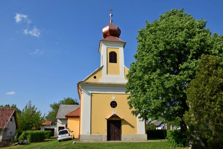 Förhénci-hegyi kápolna
