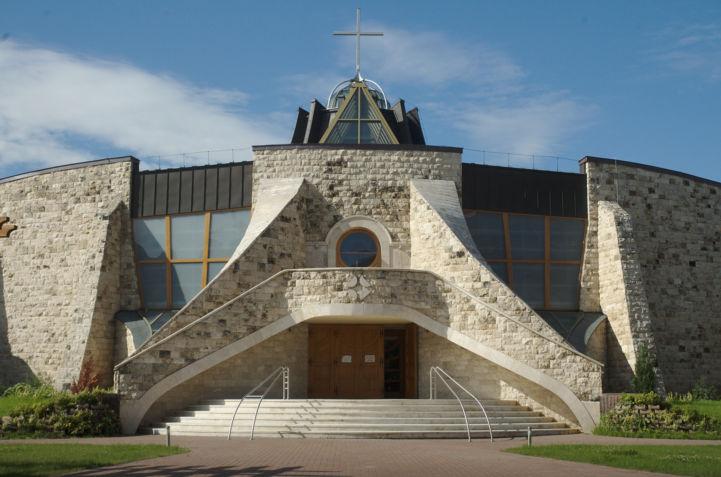 gazdagréti Szent Angyalok-templom