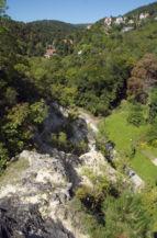 az Edvi Illés út az Ördög-orom szikláival