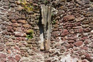 salföldi pálos kolostor rom - boltozat maradvány