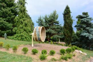 fa kerék a Folly Arborétumban