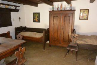 korhű bútorok a Halászcéh-házban