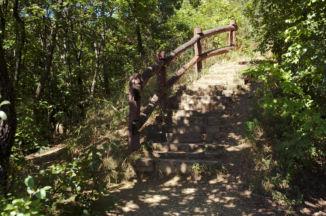 kilátóhelyhez vezető lépcső