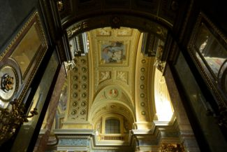a Bazilika mennyezete