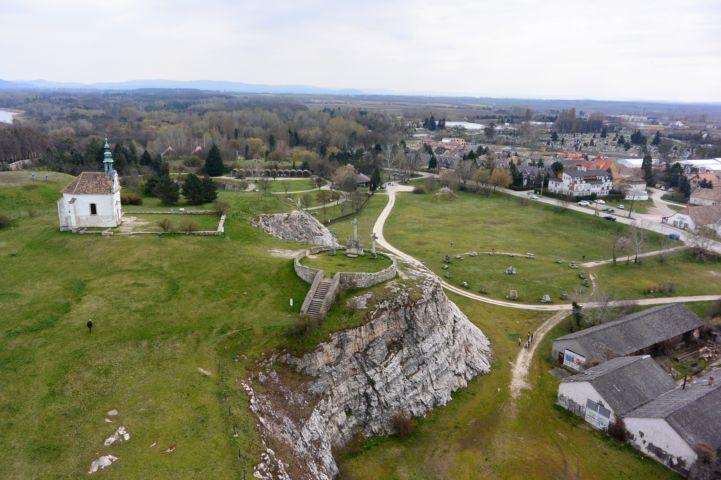 Kálvária-domb a Fellner Jakab-kilátóból nézve