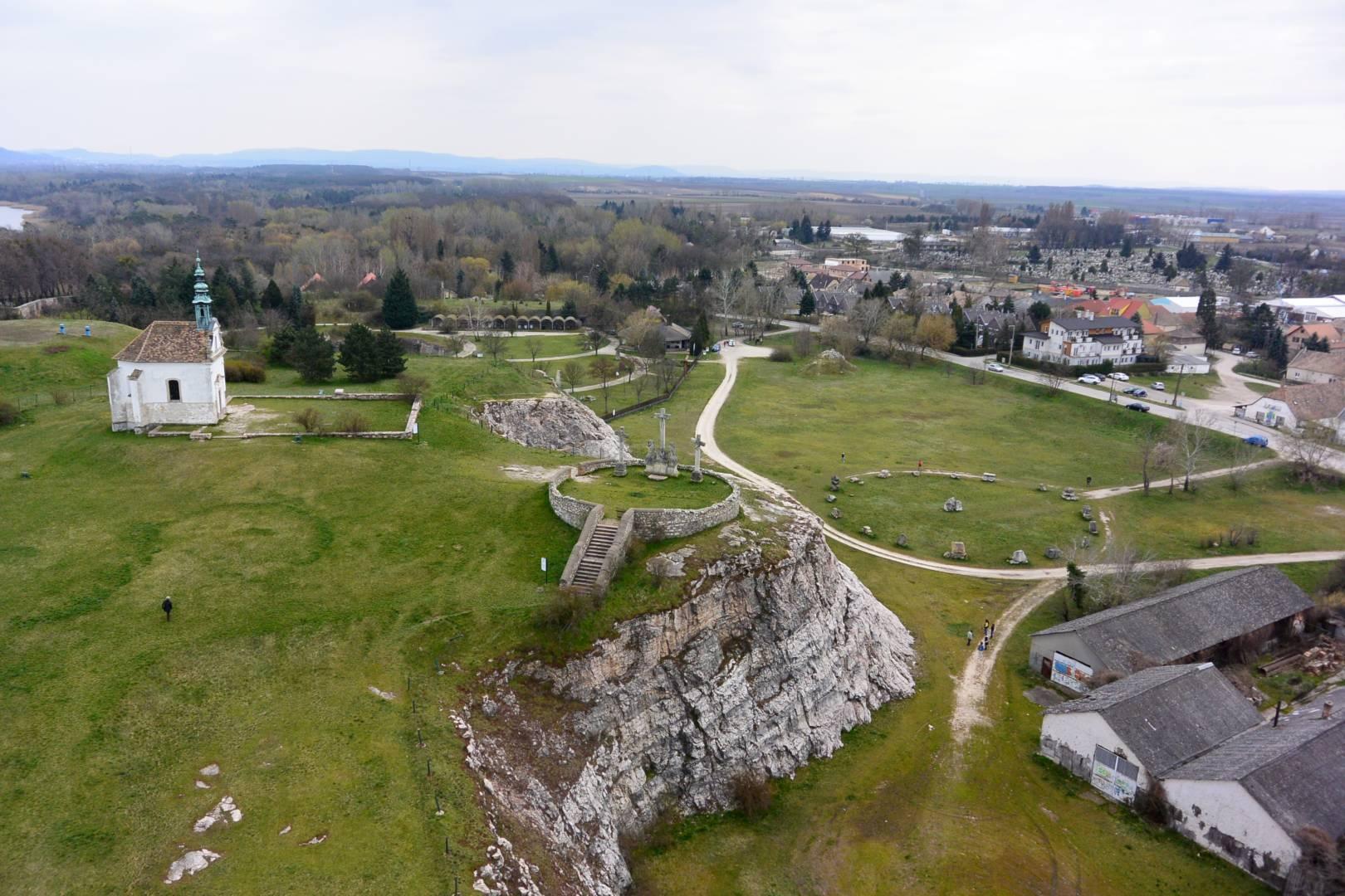 Kálvária-domb és környéke, Tata - funiQ