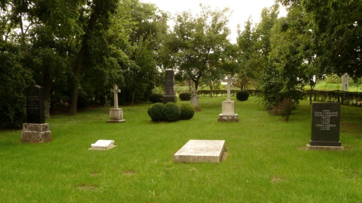 Végh család temetkezési helye