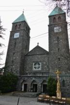 a badacsonytomaji Szent Imre-templom (Bazalttemplom)