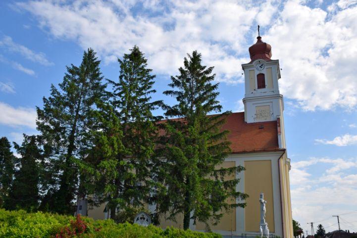 gelsei Sarlós Boldogasszony-templom