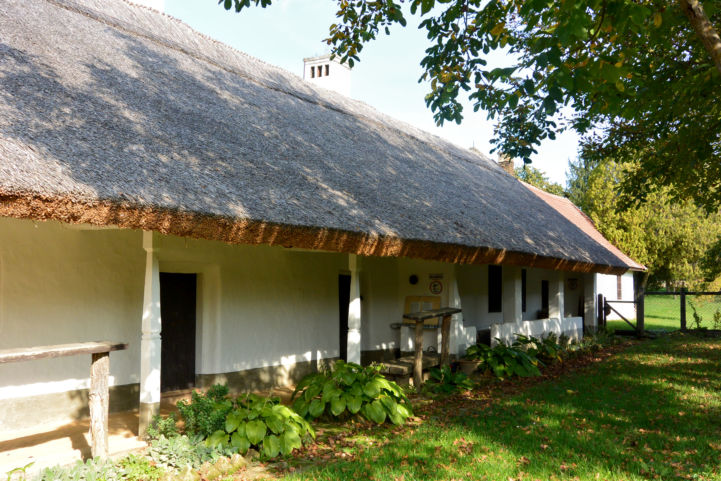 Balatonszentgyörgyi Talpasház