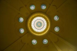a Hotel Gellért Gyógyfürdő egy kupolájának üveg teteje