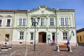 a Posta épülete (Müller-ház), ami 1897 óta működik postaként