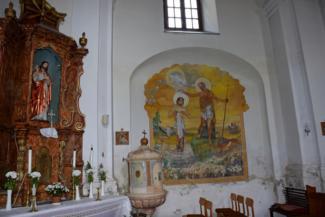 a letenyei Szentháromság-templom belső tere