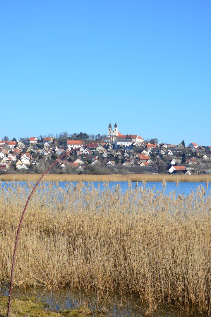 a tihanyi apátság és a Belső-tó
