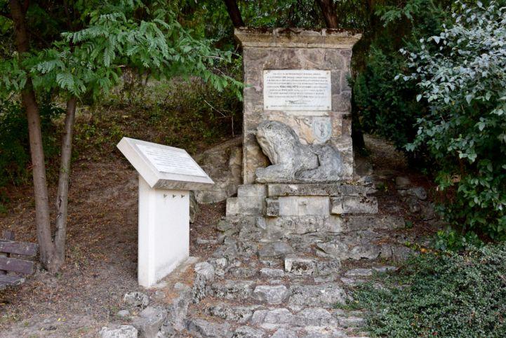 II. Lajos emlékműve - Lengyel Gyalogosok emléktáblája