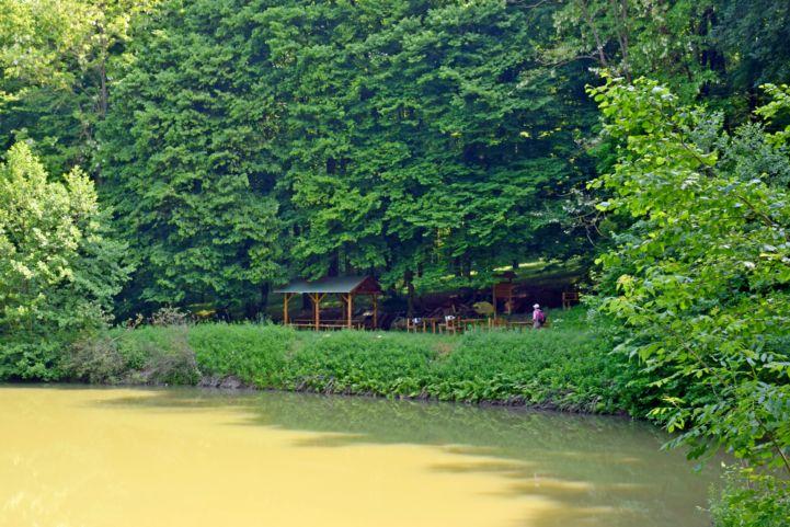 az újudvari Csibiti-tó pihenője
