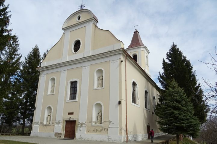 a homokkomáromi Kisboldogasszony-templom