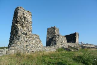 a Csobánc várának néhány megmaradt fala